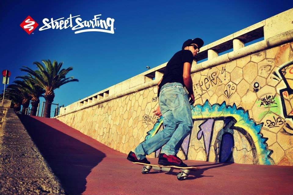 Waveboard Street Surfing